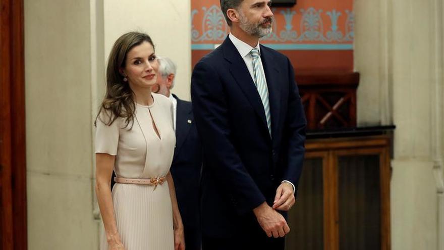 """Los Reyes harán valer la contribución de los españoles al Reino Unido ante el """"brexit"""""""