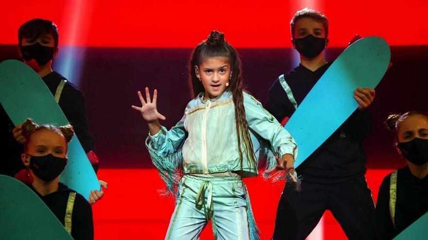 Soleá en la actuación de Eurovisión Junior 2020