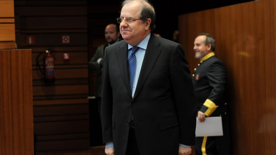Juan Vicente Herrera en un pleno de las Cortes.