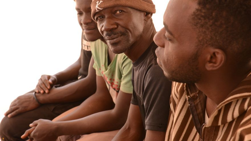 Varios migrantes residente sen el centro de la OIM en Agadez (Níger)