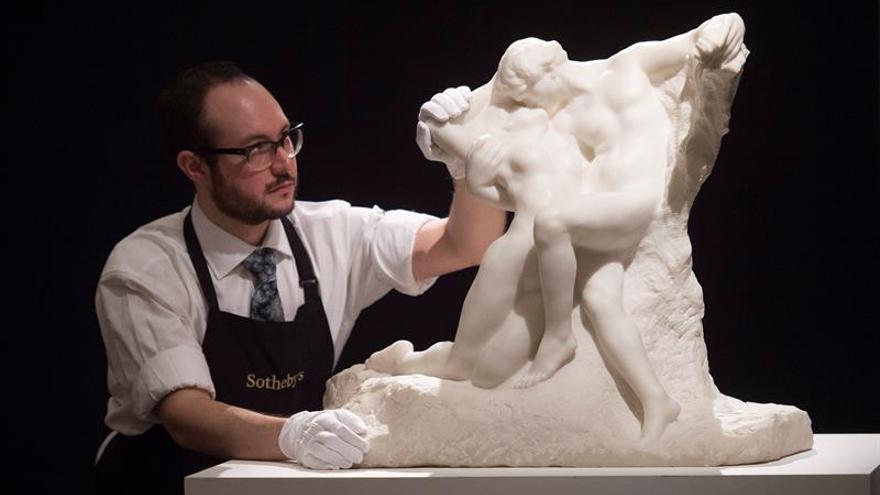 """""""La eterna primavera"""" consigue récord para Rodin con 20 millones de dólares"""