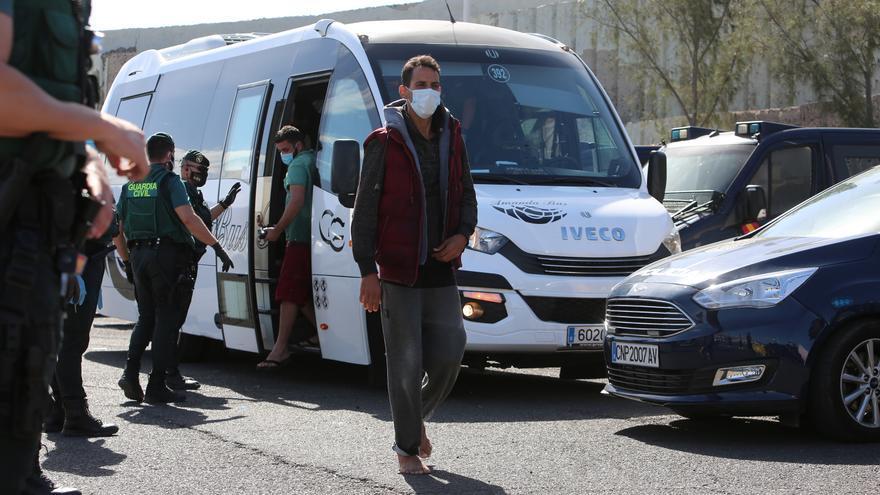 Noviembre marca récord de llegadas de migrantes a Canarias en un mes, con 8.157