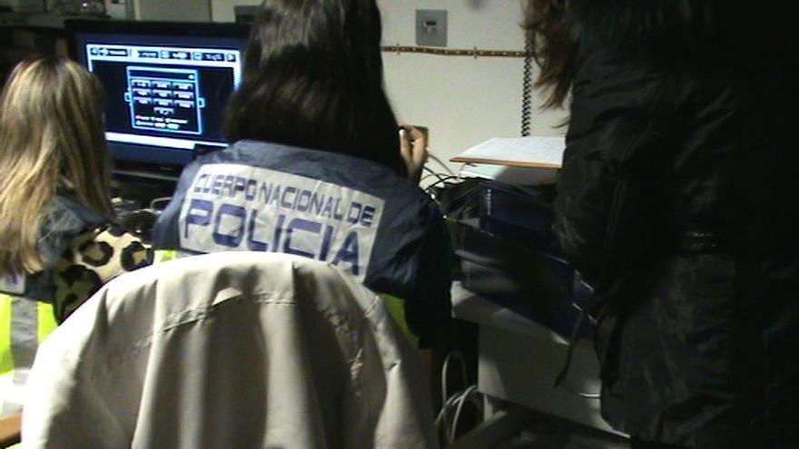 Cosidó destina varias decenas de policías para reforzar la UDEF ante el elevado número de investigaciones en marcha