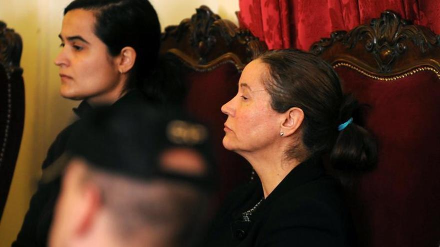 Las asesinas de Isabel Carrasco, trasladadas a la prisión de Valladolid