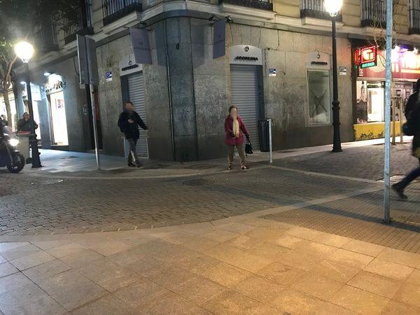 Paso de cebra sin señalizar en C/ Hernán Cortés esquina C/ Fuencarral | Fotografía: Somos Chueca