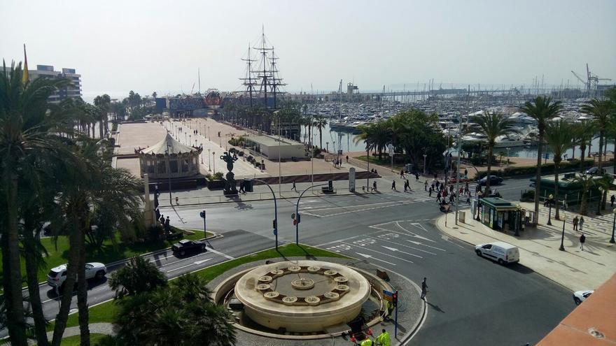 Lugar desde donde zarparon los barcos que salvaron a los republicanos hacinados en el Puerto de Alicante