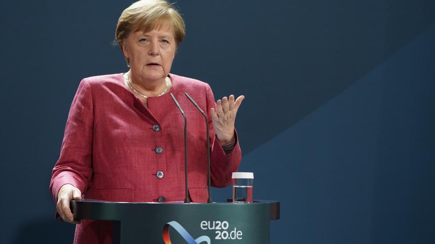 """Merkel advierte que ahora es el """"momento decisivo"""" para controlar la pandemia"""