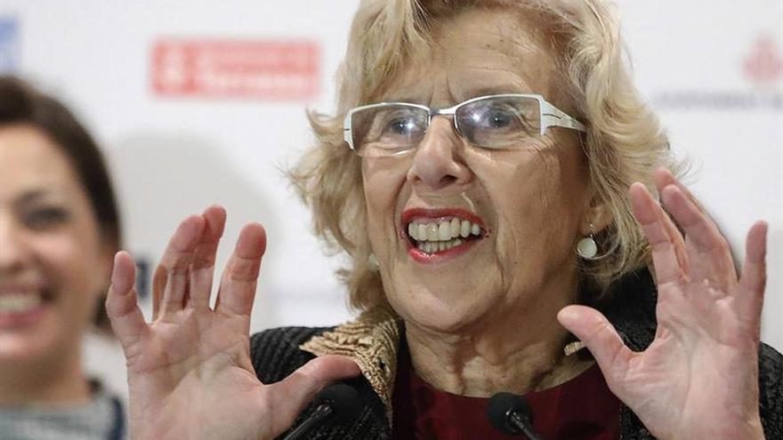 Carmena: Pido recordar la vida de los compañeros de Atocha, no su muerte