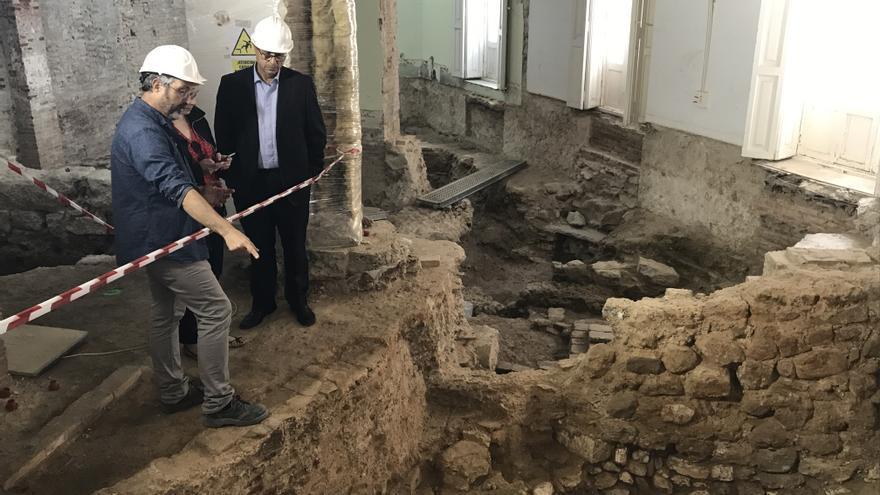 Las excavaciones en el Palacio de Calatayud sacan a la luz el mayor muro de época romana hallado en València.