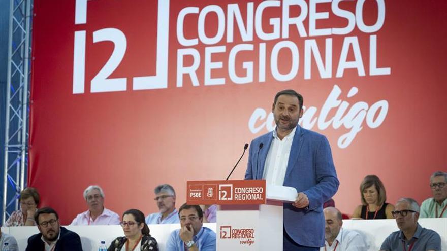 Ábalos apela a recuperar la esencia del PSOE y a ser coherentes para ganar