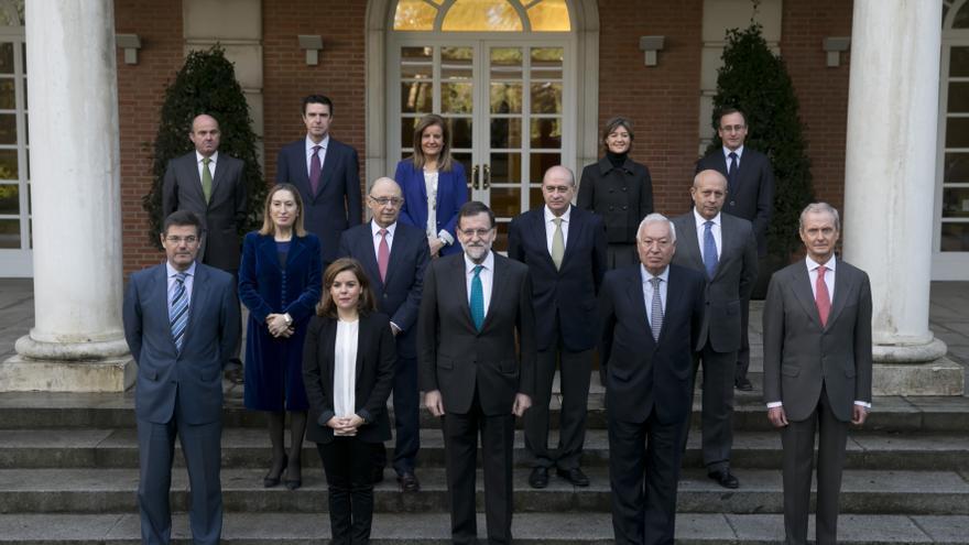 Foto de familia del Gobierno tras la entrada de Alfonso Alonso / Foto: Moncloa