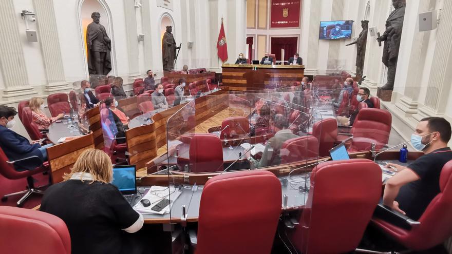 Pleno de las Juntas Generales de Álava, en Vitoria