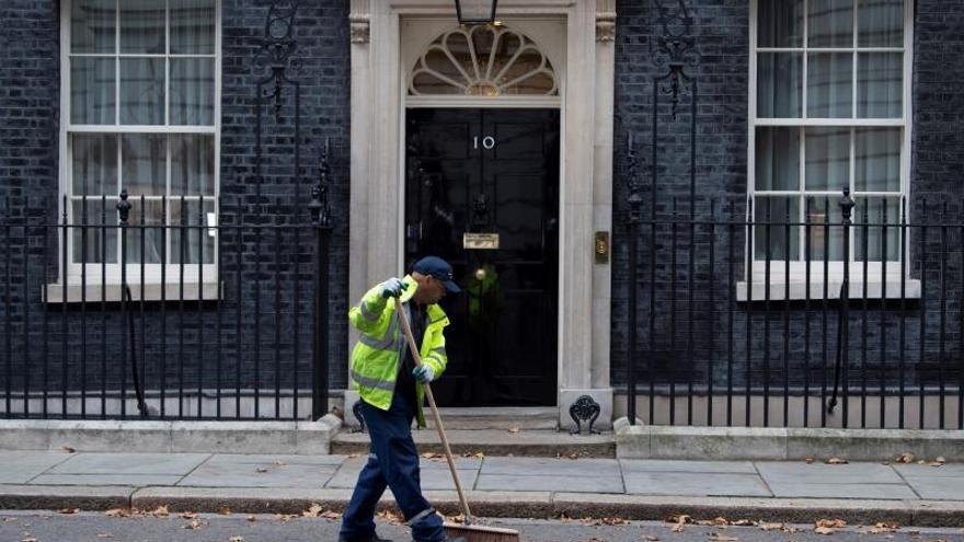 """May nombra a Stephen Barclay como nuevo ministro del """"Brexit"""""""