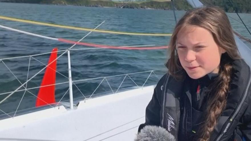 Greta Thunberg viaja en velero y lleva comida vegana