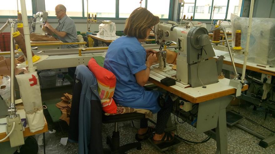 La brecha en el paro entre mujeres y hombres crece un 8% en Cantabria en diez años, denuncia CCOO