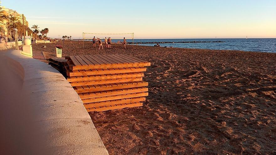 El Ayuntamiento prohíbe durante el verano animales en las playas, donde se limitan los aparatos sonoros