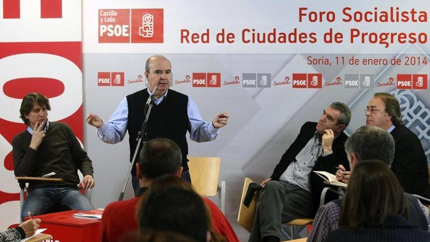"""El PSOE dice que el mapa político en 2015 será """"mucho mejor"""" para el partido"""