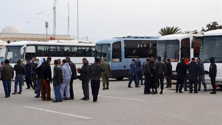 Libia reabre la frontera con Túnez, cerrada por la inestabilidad en la zona