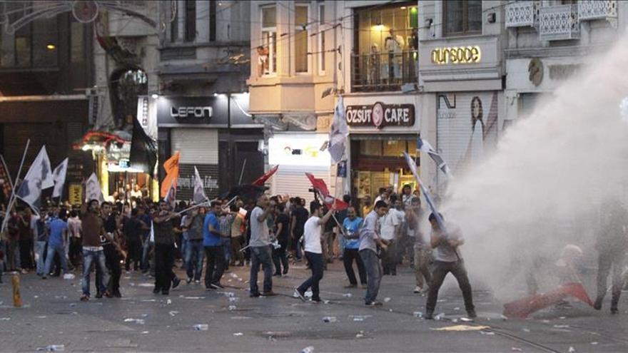 Activistas acusan a Turquía de disparar contra un enclave kurdo en Siria