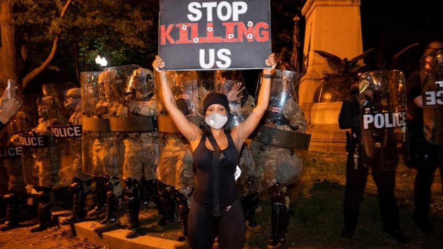 Decretan el toque de queda nocturno en 25 ciudades de EE.UU. por disturbios