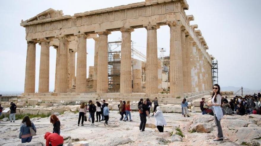 Aumentan las llegadas e ingresos por turismo en Grecia en el primer trimestre
