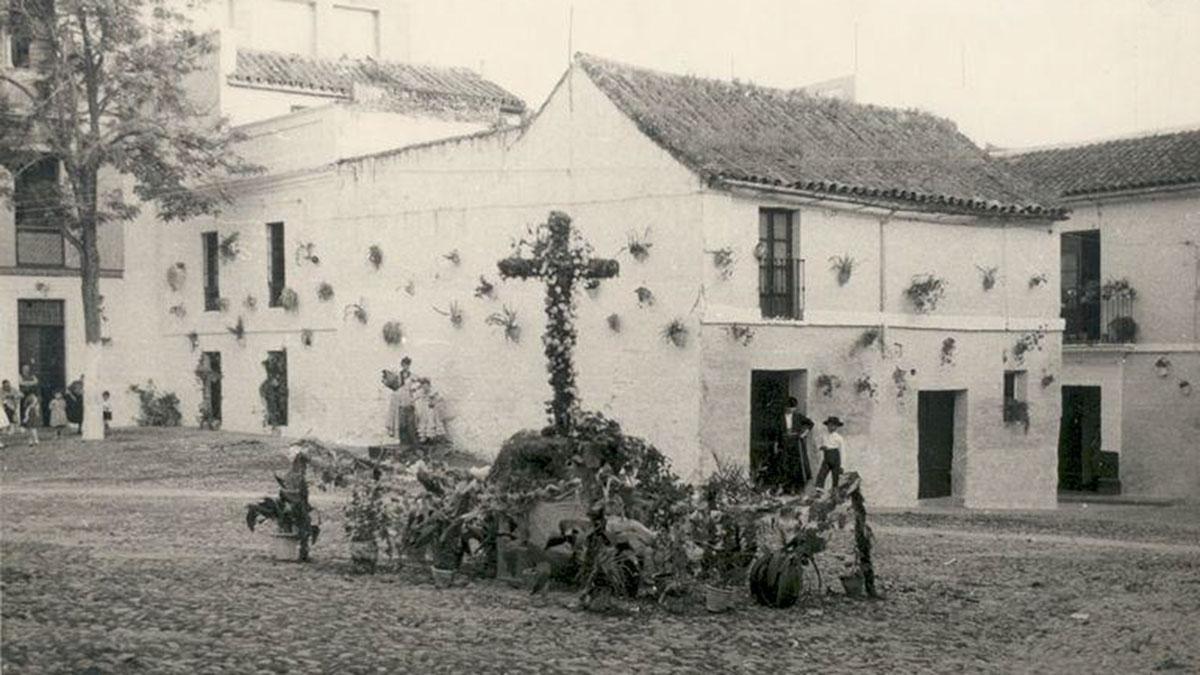 Cruz de Mayo en 1956 - Ladis