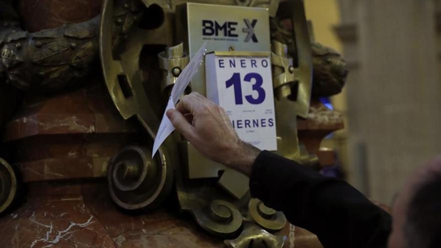 La Bolsa española sube un 0,35 por ciento, pero sigue en pérdidas semanales