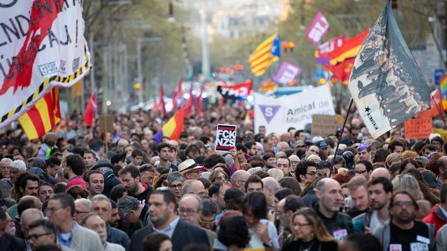Unas 3.500 personas se manifiestan en Barcelona contra Vox y la discriminación racial