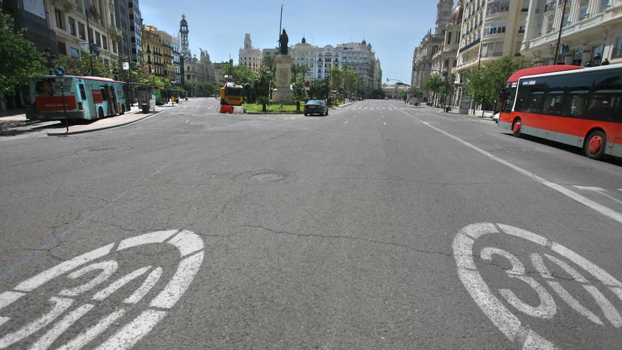 La plaza del Ayuntamiento de Valencia, este 1 de mayo.