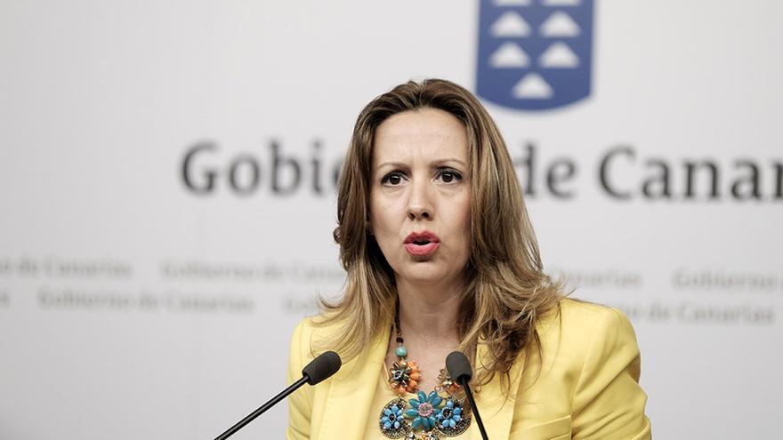 La consejera de Hacienda, Rosa Dávila, durante la rueda de prensa posterior al Consejo de Gobierno.