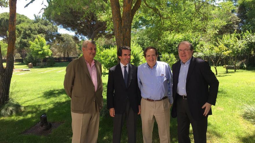 Juan José Lucas, entre José María Aznar y Juan Vicente Herrera