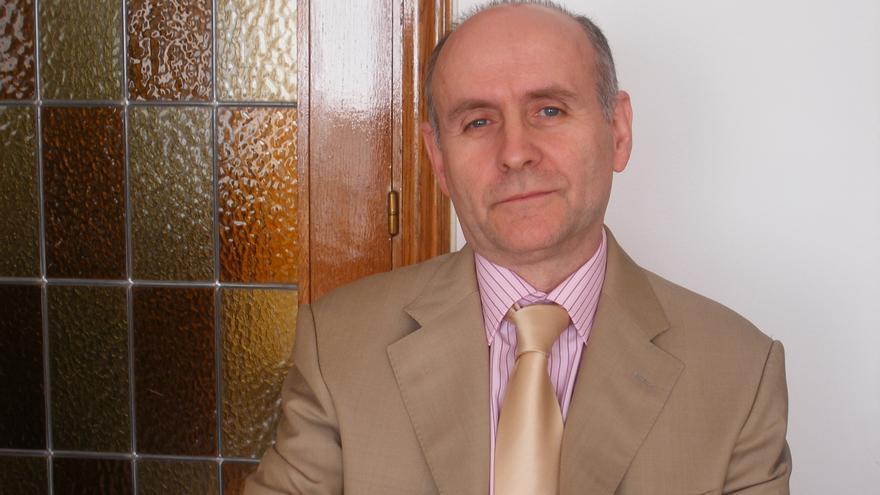 El catedrático Eduardo Rojo Torrecilla.