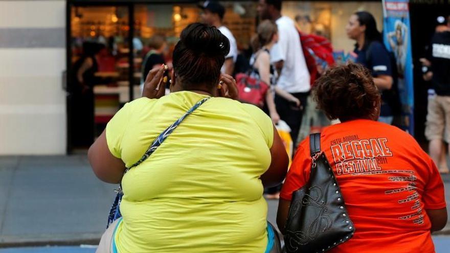 Las personas de origen latinoamericano y los afroamericanos tienen la mayor prevalencia de obesidad en EEUU