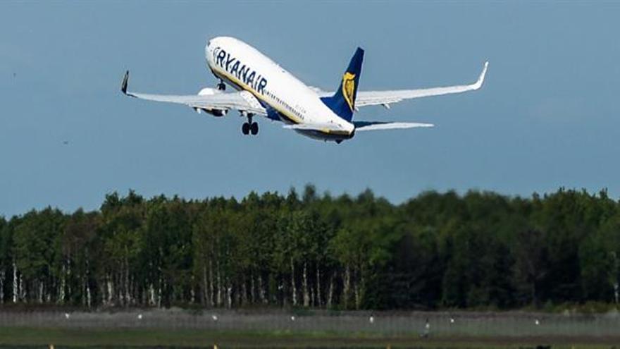 """Ryanair situará la base de su nueva flota fuera de R.Unido por el """"Brexit"""""""