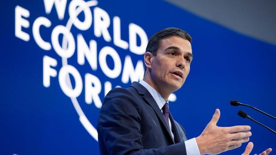 Sánchez defiende en Davos las políticas de izquierda frente al proteccionismo