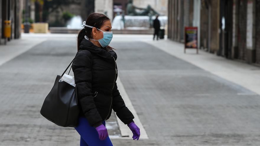 Junta pone a disposición de diputaciones y municipios 45.000 mascarillas para personal de ayuda a domicilio