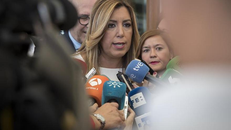 Susana Díaz destaca su convencimiento de la honradez de Chaves y Griñán