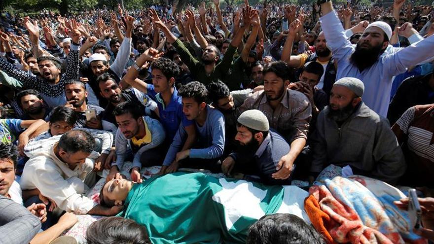 La muerte de un niño desata nuevas protestas violentas en la Cachemira india