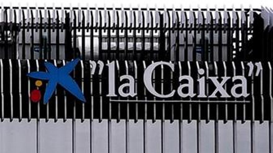 """La Caixa adelanta que el paro alcanzará """"máximos históricos"""" en 2010"""