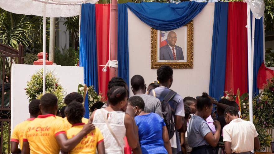 La ciudad de Cap-Haitien homenajea a Moise con un libro de condolencias