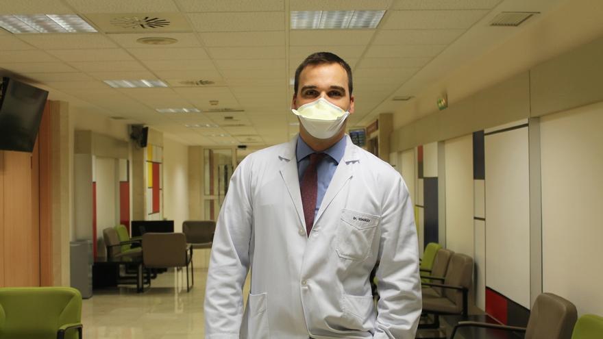 Un médico de la Clínica Universidad de Navarra participa en un proyecto para traer respiradores a España
