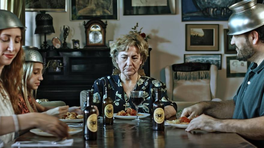 """Imagen de la película """"I, Pastafari"""" de Mike Arthur."""