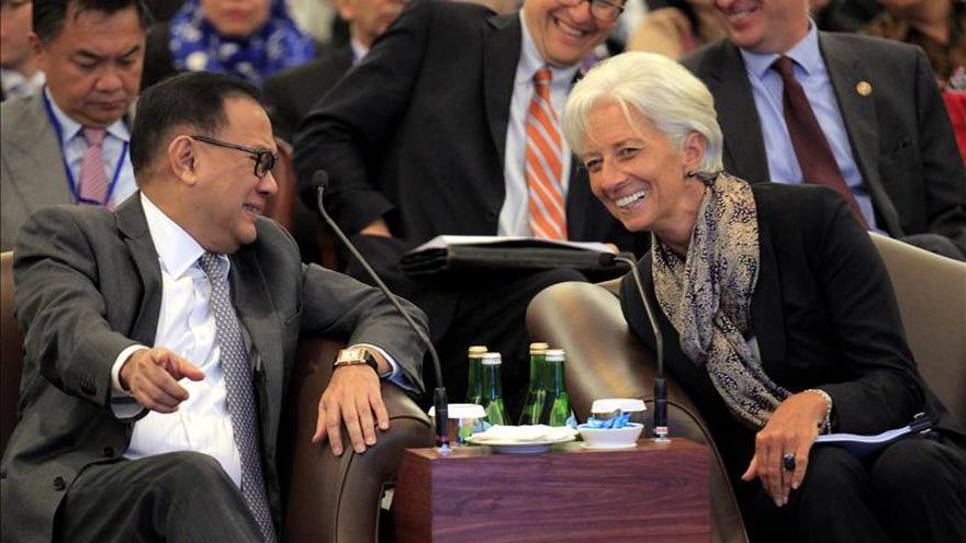 Lagarde advierte de la volatilidad del mercado financiero y  efecto contagio