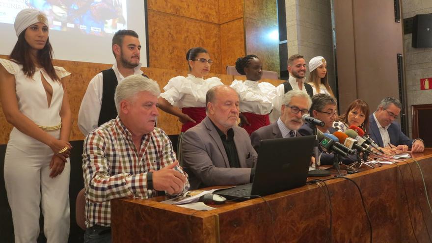 Presentación del Festival Internacional de Folklore de Ingenio