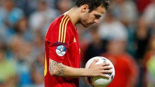 http://www.vertele.com/files/2012/06/Eurocopa-2012-Espa%C3%B1a-Portugal-Cesc-537.jpg
