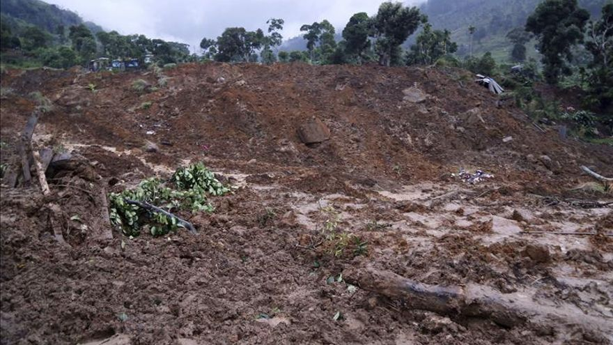 Aumentan a 91 los desaparecidos por un corrimiento de tierras en el sur de China