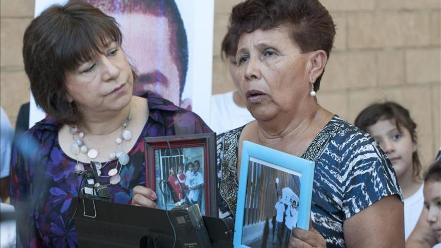 Familia de mexicano asesinado en frontera con EEUU celebra decisión de juez