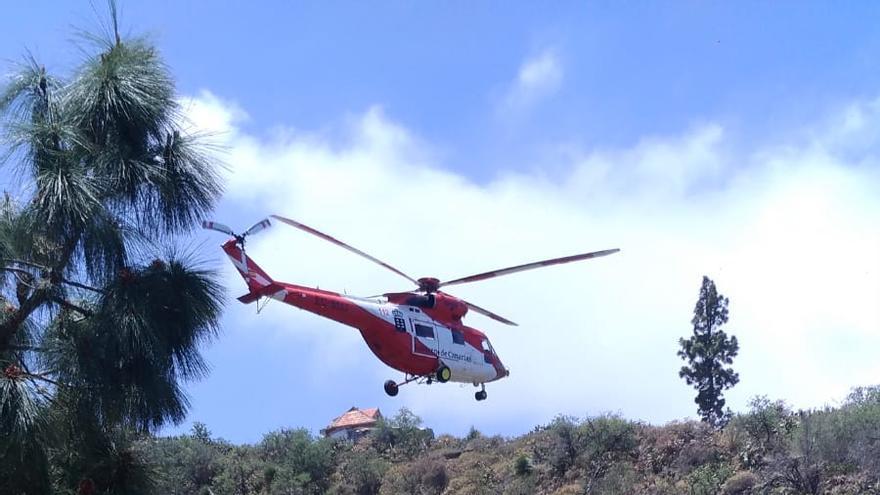En la imagen, el Helicóptero del GES durante la intervención, ese viernes, en la zona de Buracas.