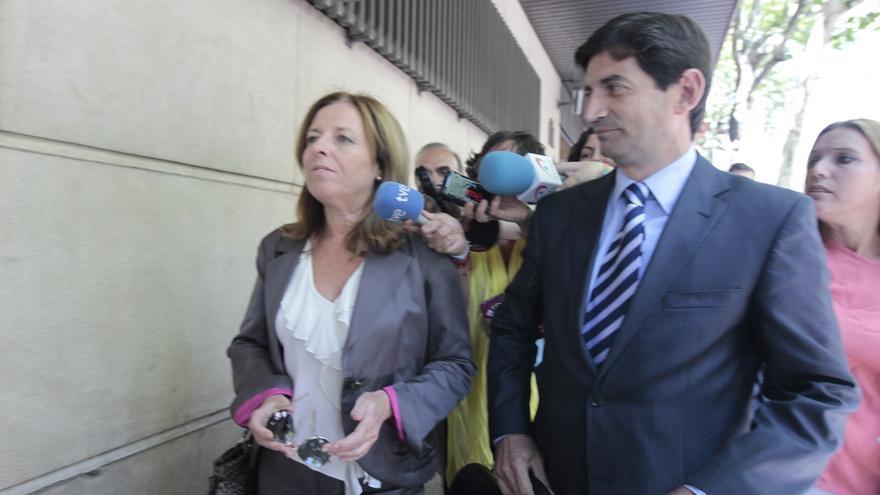 (Amp.) Condenados a entre 2 y 4 años de cárcel cuatro exdirectivos de la CAM por falsear las cuentas