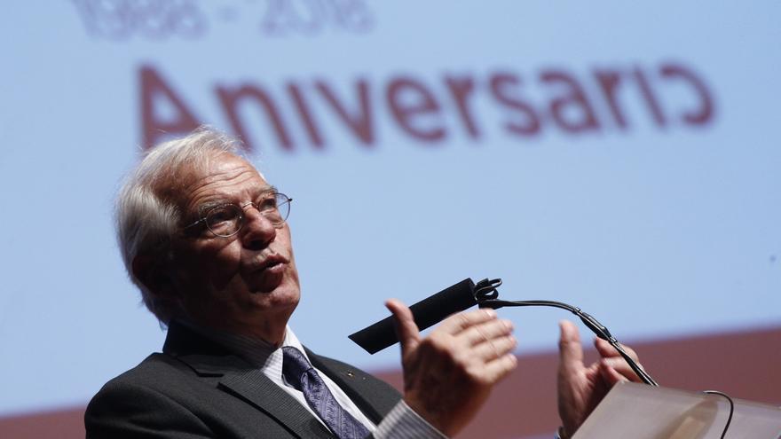 """Borrell contesta a PP y Cs que la declaración política """"va a misa"""": """"Convendría que supieran de lo que hablan"""""""